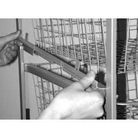Traatriiuli kinniti korvitorni kpljele kinnitamiseks